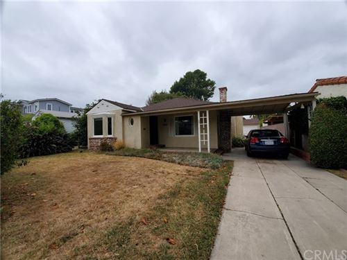 Photo of 2674 Greenfield Avenue, Los Angeles, CA 90064 (MLS # IG20131412)