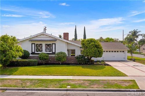 Photo of 2216 E Briarvale Avenue, Anaheim, CA 92806 (MLS # OC20185413)