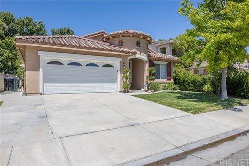 Photo of 25757 Barnett Lane, Stevenson Ranch, CA 91381 (MLS # SR20131413)