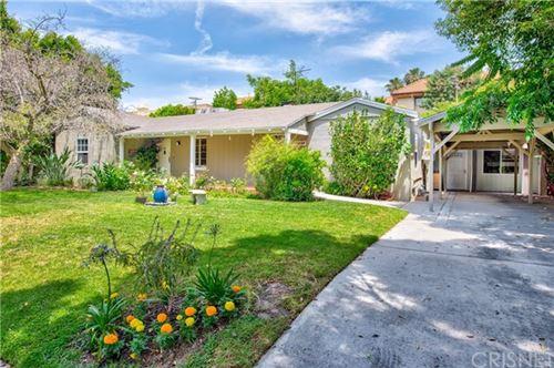 Photo of 13229 Bloomfield Street, Sherman Oaks, CA 91423 (MLS # SR20188413)