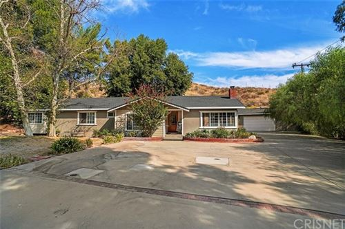 Photo of 14725 Wright Road, Canyon Country, CA 91390 (MLS # SR20213413)