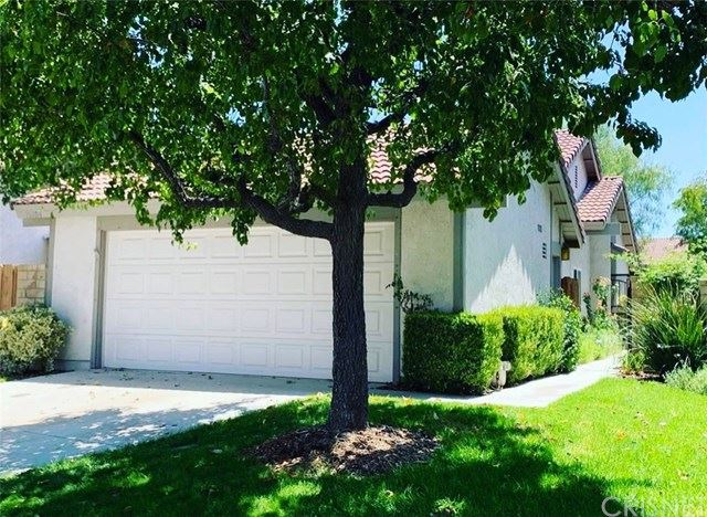 Photo for 15704 Ada Street, Canyon Country, CA 91387 (MLS # SR21007414)