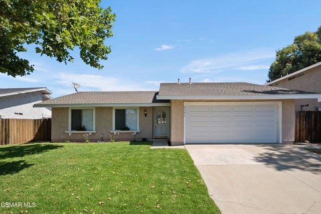 Photo of 2371 Northpark Street, Thousand Oaks, CA 91362 (MLS # 221003415)