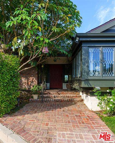 Tiny photo for 4033 Deervale Drive, Sherman Oaks, CA 91403 (MLS # 21677416)