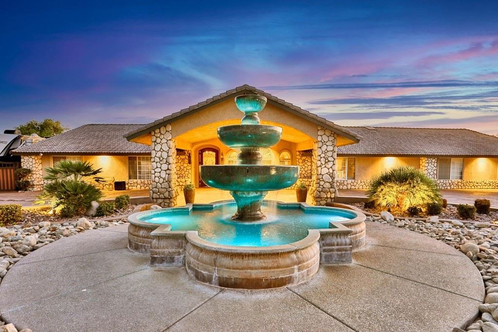15296 Riverside Drive, Apple Valley, CA 92307 - MLS#: 539416