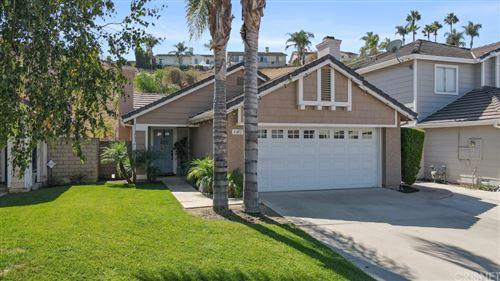 Photo of 3072 Lamplighter Street, Simi Valley, CA 93065 (MLS # SR21208417)
