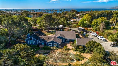 Photo of 6539 Wandermere Road, Malibu, CA 90265 (MLS # 20612418)
