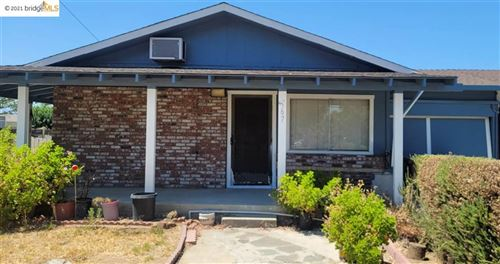 Photo of 567 Ohara Ave, Oakley, CA 94561 (MLS # 40960418)