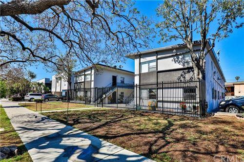 Photo of 2619 Brighton Avenue, Los Angeles, CA 90018 (MLS # SB21096418)