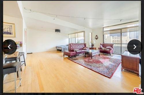 Photo of 600 W 9Th Street #1507, Los Angeles, CA 90015 (MLS # 21726420)