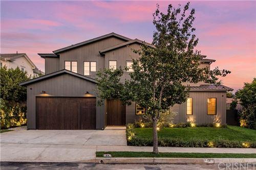 Photo of 154 S Saltair Avenue, Los Angeles, CA 90049 (MLS # SR20229420)