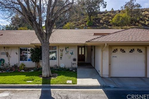 Photo of 19346 Flowers Court, Newhall, CA 91321 (MLS # SR21030420)