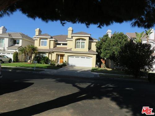 Tiny photo for 18849 Miranda Street, Tarzana, CA 91356 (MLS # 21676422)