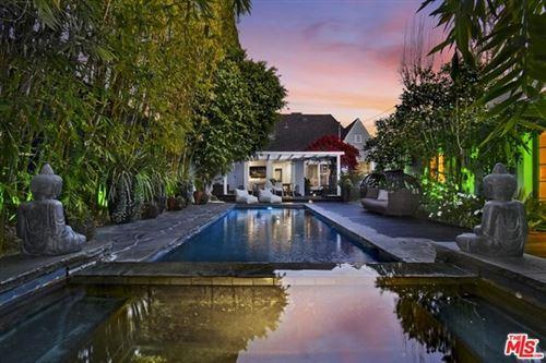 Photo of 843 S Citrus Avenue, Los Angeles, CA 90036 (MLS # 21719422)