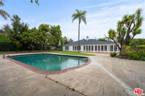 Photo of 13765 W Sunset Boulevard, Pacific Palisades, CA 90272 (MLS # 21744422)