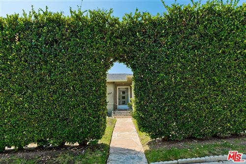 Photo of 807 N Doheny Drive, Beverly Hills, CA 90210 (MLS # 21783422)