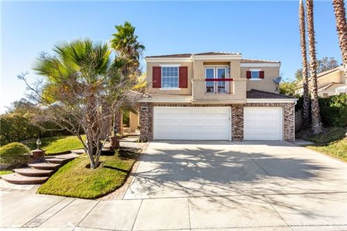 Photo of 27403 Weathersfield Drive, Valencia, CA 91354 (MLS # BB21009422)