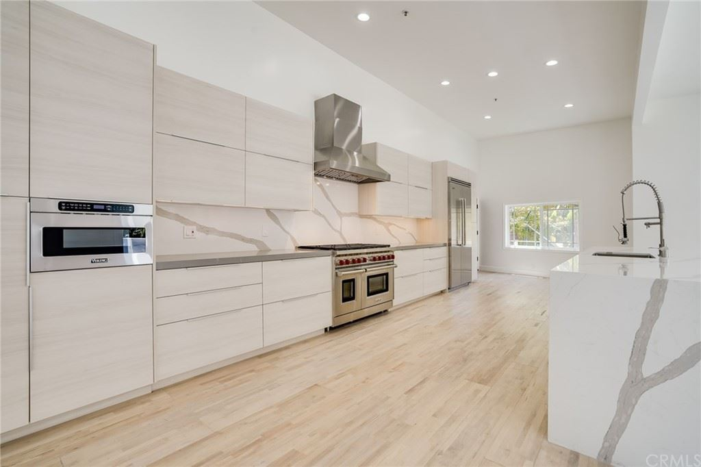 Photo of 1754 Franklin Canyon Drive, Beverly Hills, CA 90210 (MLS # NP21124422)