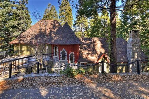 Photo of 269 Blue Lake Road, Lake Arrowhead, CA 92352 (MLS # EV20258423)