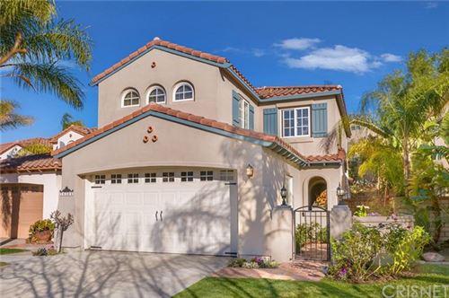 Photo of 28308 Berylwood Place, Valencia, CA 91354 (MLS # SR21033423)