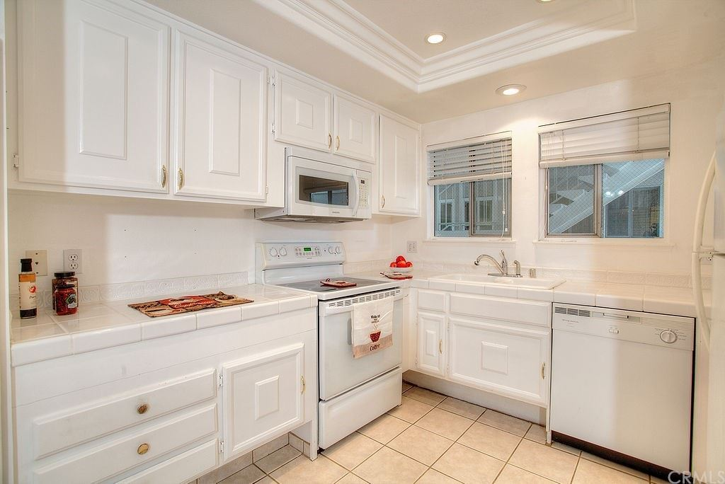 Photo of 660 Avenida Sevilla #B, Laguna Woods, CA 92637 (MLS # EV21091423)