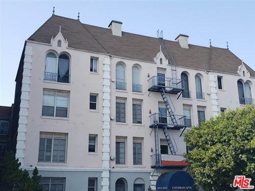 Photo of 665 S COCHRAN Avenue, Los Angeles, CA 90036 (MLS # 20650424)