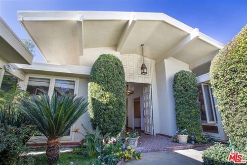 Photo of 1091 Acanto Place, Los Angeles, CA 90049 (MLS # 20674424)