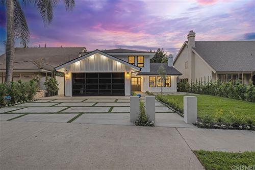 Photo of 4853 Gaynor Avenue, Encino, CA 91436 (MLS # SR21157424)