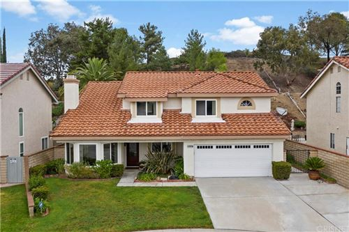 Photo of 20357 Huffy Street, Canyon Country, CA 91351 (MLS # SR21188424)
