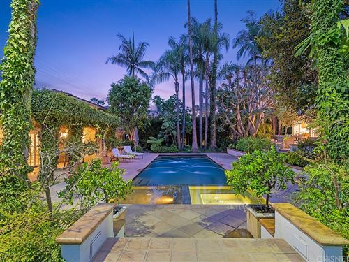 Photo of 726 Foothill Road, Beverly Hills, CA 90210 (MLS # SR21105425)