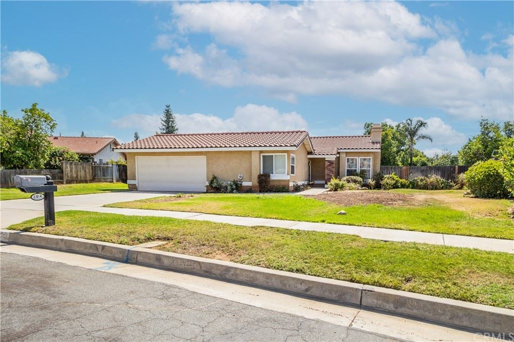 204 Donna Drive, Redlands, CA 92374 - MLS#: EV21165425