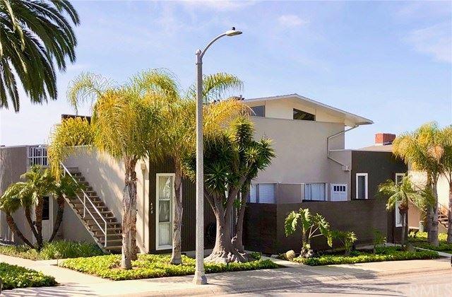 Photo of 428 Seaward Road, Corona del Mar, CA 92625 (MLS # OC21036425)