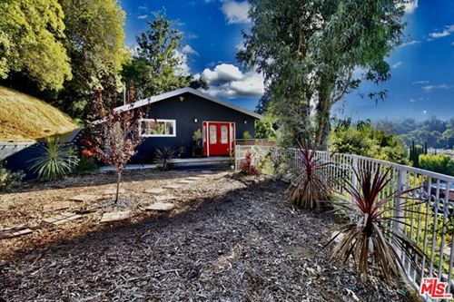 Photo of 3681 FREDONIA Drive, Los Angeles, CA 90068 (MLS # 21712426)