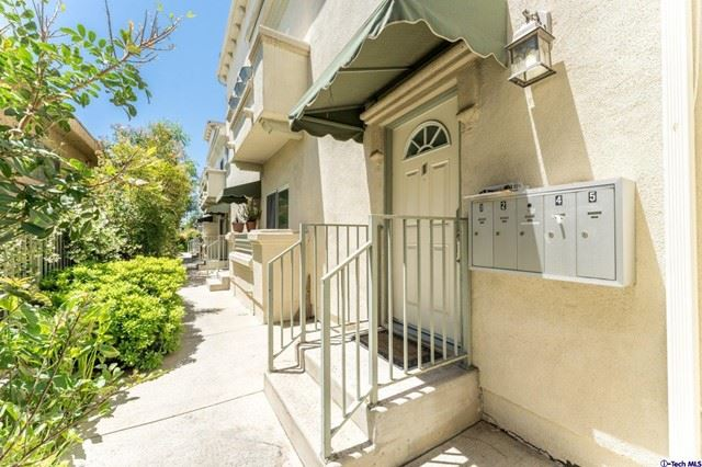 Photo of 13620 Valerio Street #1, VAN NUYS, CA 91405 (MLS # 320006426)