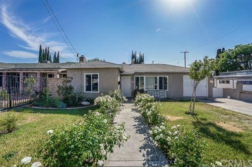 Photo of 24897 Walnut Street, Newhall, CA 91321 (MLS # SB21097427)