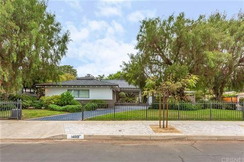 Photo of 14001 Hartsook Street, Sherman Oaks, CA 91423 (MLS # SR21215427)