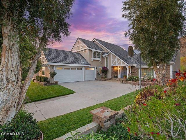 Photo of 434 Newcastle Street, Thousand Oaks, CA 91361 (MLS # 221003427)