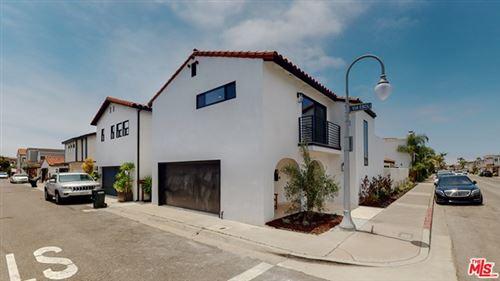 Tiny photo for 317 VIA LIDO NORD, Newport Beach, CA 92663 (MLS # 20586428)