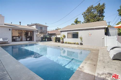Photo of 7536 McConnell Avenue, Los Angeles, CA 90045 (MLS # 21677428)