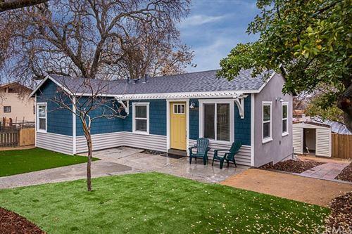 Photo of 528 Oak Street, Paso Robles, CA 93446 (MLS # NS21224429)