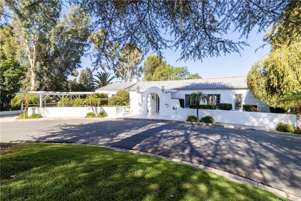 215 Grand View Drive, Redlands, CA 92373 - MLS#: EV21092429