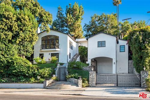 Photo of 13650 VALLEY VISTA, Sherman Oaks, CA 91423 (MLS # 21688430)