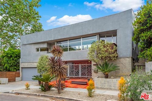 Photo of 10365 Mississippi Avenue, Los Angeles, CA 90025 (MLS # 21729430)