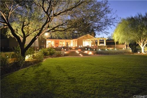 Photo of 22211 Palomino Way, Newhall, CA 91321 (MLS # SR21183430)