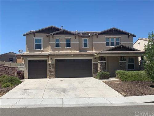 Photo of 30318 Mahogany Street, Murrieta, CA 92563 (MLS # TR20140430)