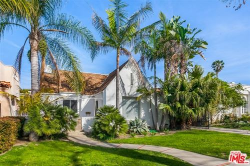 Photo of 316 S OAKHURST Drive, Beverly Hills, CA 90212 (MLS # 19467432)