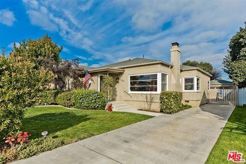 Photo of 2550 S Bentley Avenue, Los Angeles, CA 90064 (MLS # 20674432)