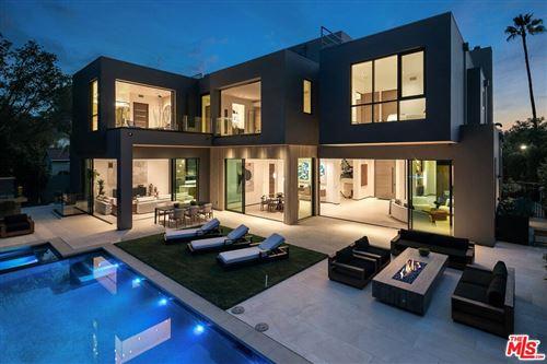 Photo of 1332 Allenford Avenue, Los Angeles, CA 90049 (MLS # 21795432)