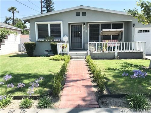 Photo of 2124 W Ash Ave, Fullerton, CA 92833 (MLS # SB20134432)