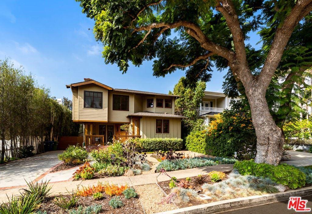 Photo of 821 Iliff Street, Pacific Palisades, CA 90272 (MLS # 21794432)
